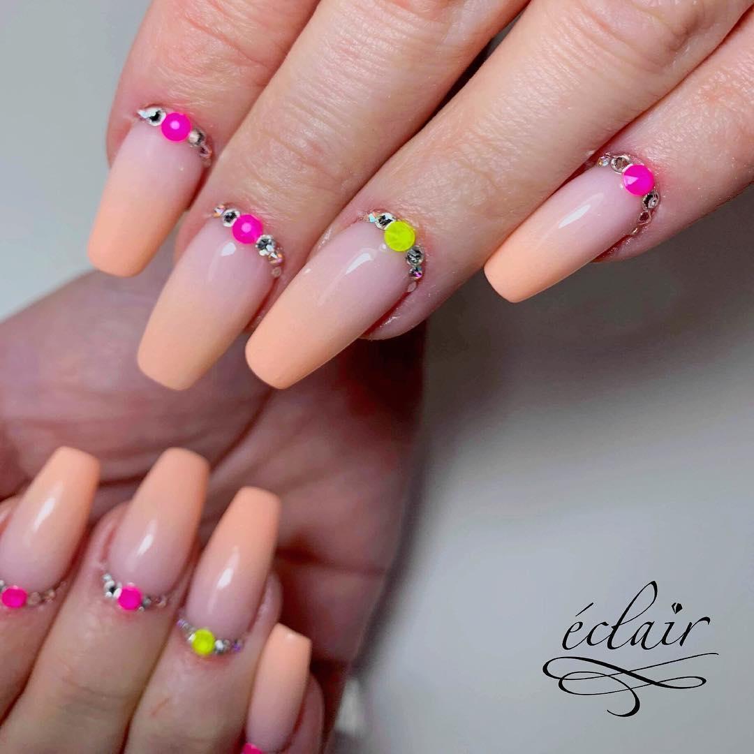 swarovski-kryształy-electric-pink